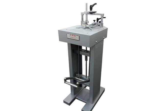 Машина за сглобяване на рамки - А1-М-XL Машини и инструменти