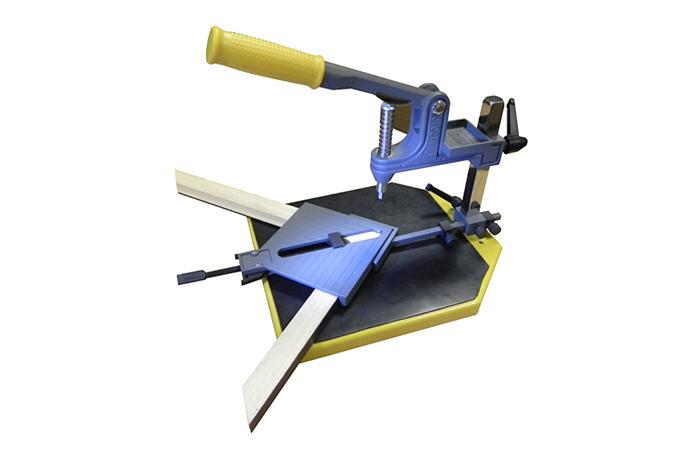 Машина за сглобяване на рамки - PFK04 Машини и инструменти
